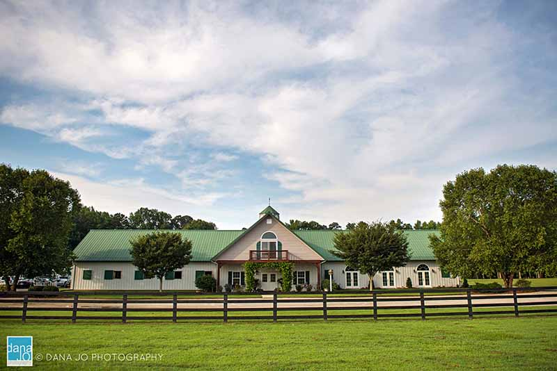 Barn-Wedding-Venue-Washington-NC