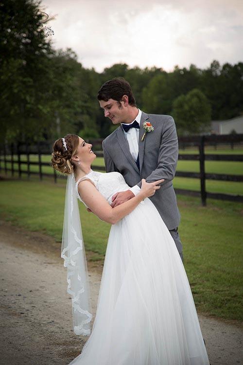 Groom dips Bride at FHF Venue
