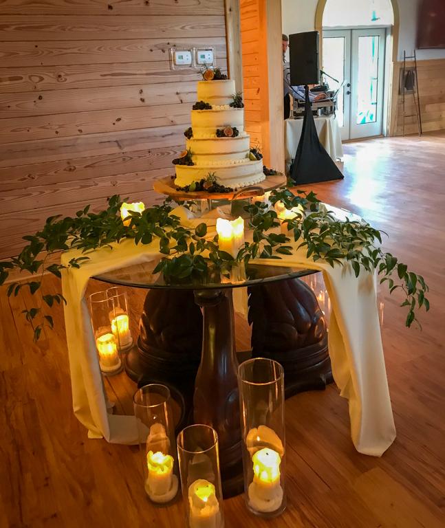 Decorated-Cake-Table-Fox-Hollow-Farm-Venue