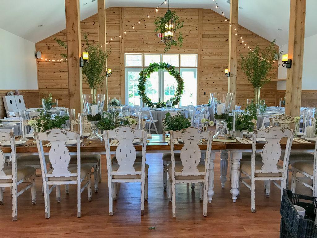 Elegant-Barn-Lighting-Wedding-Washington-NC