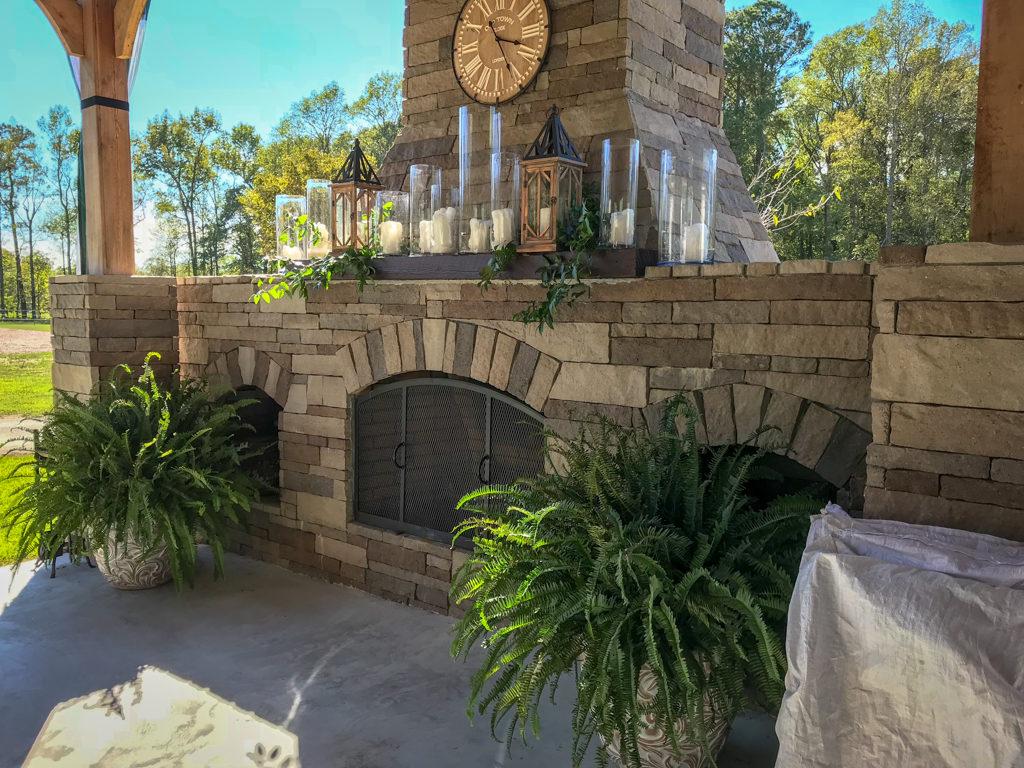 Fox-Hollow-Farm-Venue-Outdoor-Fireplace