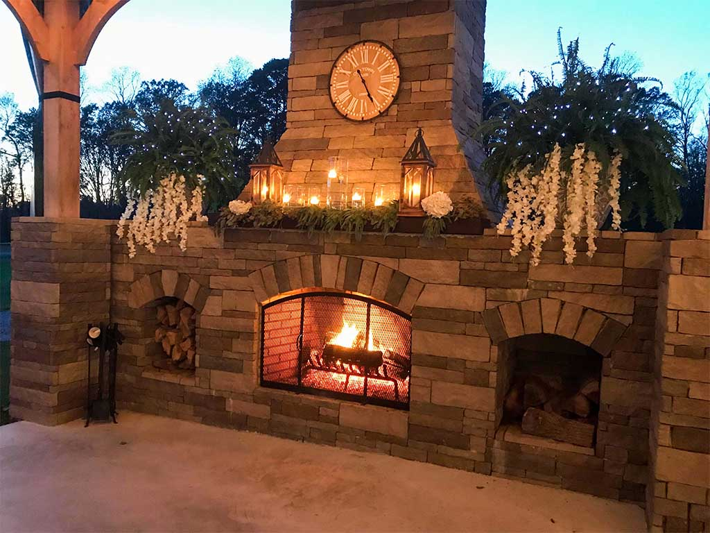 Outdoor-Fireplace-Wedding-Reception