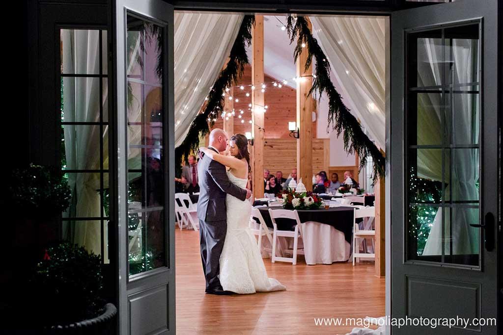 wedding-reception-evening-fox-hollow-farm